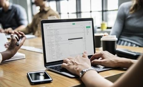 Rozpis obhajob bakalářských prací